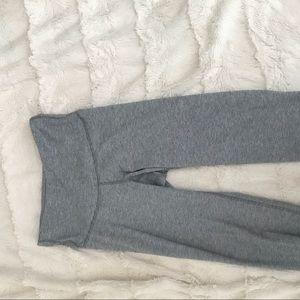 OLD NAVY ACTIVE crop leggings